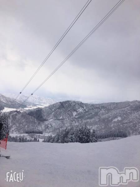 古町ガールズバーchou chou(シュシュ) ナナエの1月13日写メブログ「シーズンイン!!」