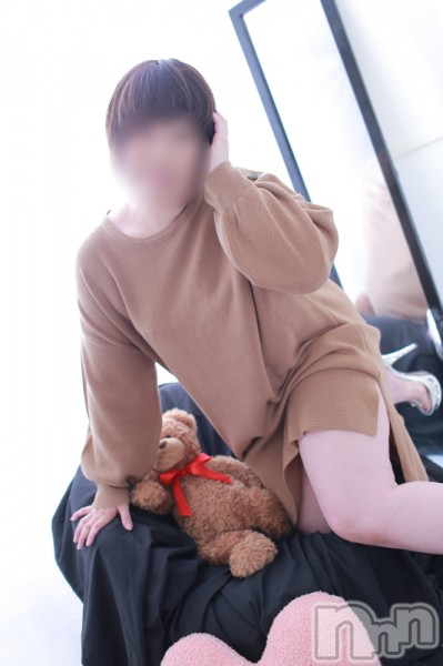 パイパン小松えり(41)のプロフィール写真2枚目。身長153cm、スリーサイズB89(B).W66.H90。上越人妻デリヘル愛妻(ラブツマ)在籍。