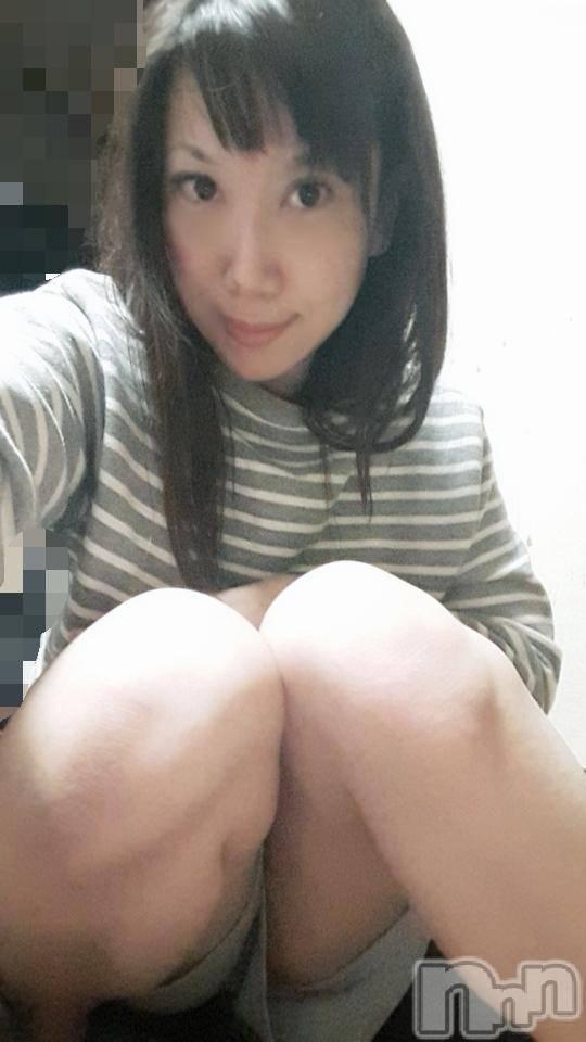 新潟ソープスチュワーデス ゆりあ(29)の11月13日写メブログ「ゆりあ☆そろそろ出勤します( ´∀`)」