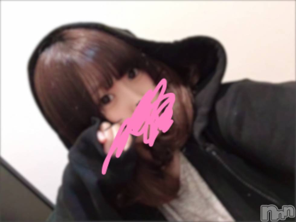 長岡デリヘルROOKIE(ルーキー) 新人☆まお(20)の10月10日写メブログ「パーカー」