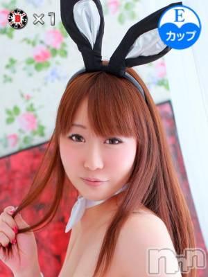モモカ(25) 身長167cm、スリーサイズB92(E).W58.H86。 新潟バニーコレクション在籍。