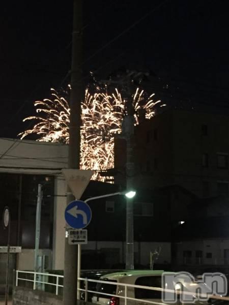 古町ガールズバーchou chou(シュシュ) ヒカリの8月19日写メブログ「今年初の花火〜」