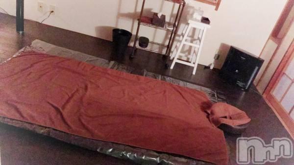 新潟駅南リラクゼーションアロマ&リラクゼーション 癒し空間Calme(アロマアンドリラクゼーション イヤシクウカン チャルム) 高橋 りなの5月29日写メブログ「ふふふん♡」
