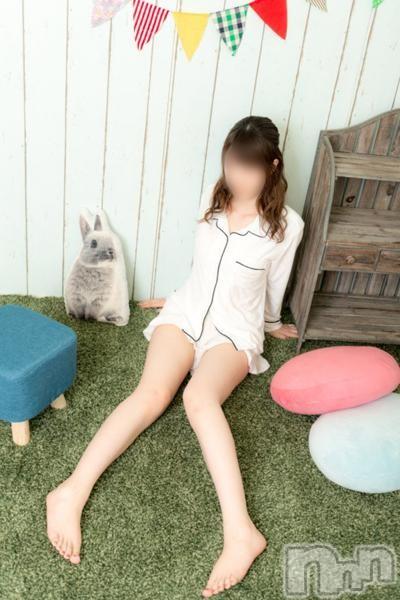 かんなちゃん(19)のプロフィール写真3枚目。身長158cm、スリーサイズB88(E).W55.H84。新潟手コキsleepy girl(スリーピーガール)在籍。