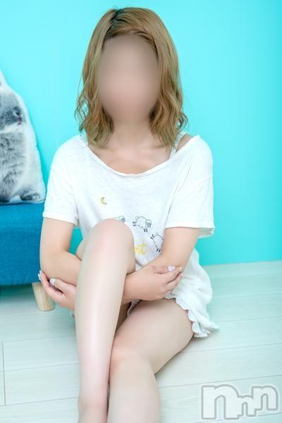 新人のんちゃん(18)のプロフィール写真5枚目。身長157cm、スリーサイズB84(D).W54.H83。新潟手コキsleepy girl(スリーピーガール)在籍。