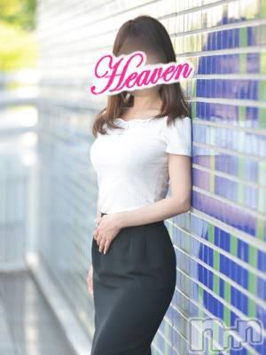 もな★新入店(33) 身長160cm、スリーサイズB87(D).W62.H86。上越デリヘル ヘヴン在籍。