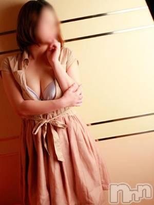 りえ☆巨乳系(32) 身長160cm、スリーサイズB90(E).W60.H93。松本人妻デリヘル 恋する人妻 松本店(コイスルヒトヅマ マツモトテン)在籍。