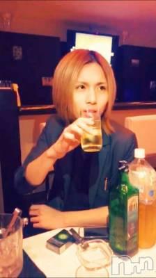 双(ヒミツ) 身長176cm。新潟駅前飲食店・ショットバー ALA(アーラ)在籍。