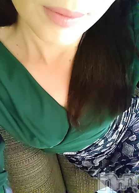 上田人妻デリヘルBIBLE~奥様の性書~(バイブル~オクサマノセイショ~) ◆りか◆(45)の11月14日写メブログ「おはようございます(^○^)」