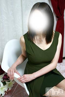 まき(46) 身長163cm、スリーサイズB86(E).W59.H89。松本デリヘル 松本人妻援護会在籍。