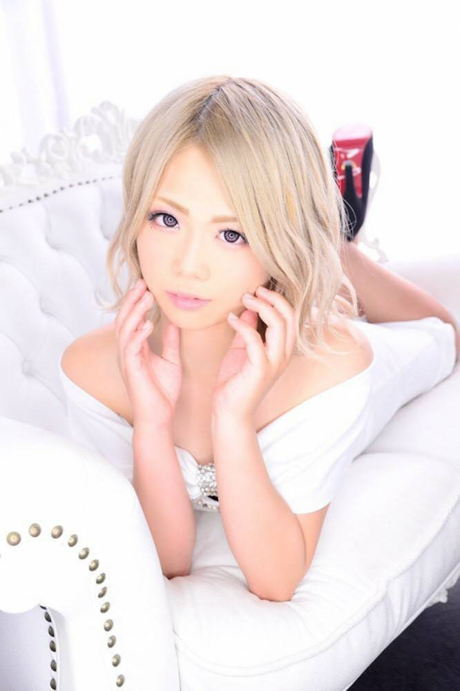 のカバーガールグラビア Lounge Cinderella 七色光(0) 3枚目