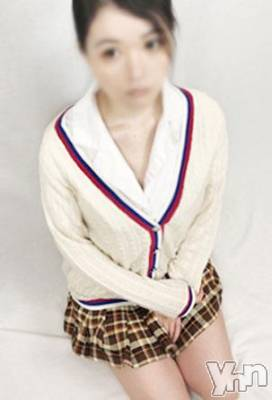 ありさ(24) 身長158cm、スリーサイズB84(C).W56.H81。甲府ホテヘル Candy在籍。