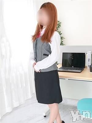 りさ(25) 身長158cm、スリーサイズB83(B).W58.H84。甲府デリヘル 禁断のオフィス(キンダンノオフィス)在籍。