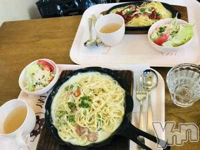 富士吉田キャバクラLounge Cinderella(ラウンジ シンデレラ) 夏恋(20)の11月16日写メブログ「lunchTime⸜❤︎⸝」