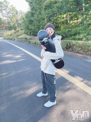 富士吉田キャバクラLounge Cinderella(ラウンジ シンデレラ) うみ(22)の10月5日写メブログ「🛹☀️」