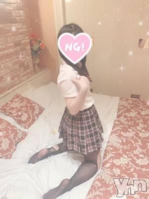 甲府デリヘル LOVE CLOVER(ラブクローバー) にこ(22)の8月1日写メブログ「出勤してるよ?(???*)?」
