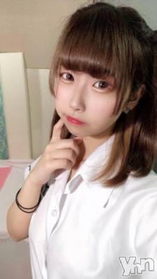 甲府ソープ オレンジハウス まな(21)の8月19日写メブログ「迷うな~??」