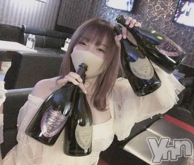 富士吉田キャバクラLounge Cinderella(ラウンジ シンデレラ) ユウカ(18)の12月16日写メブログ「🍾」