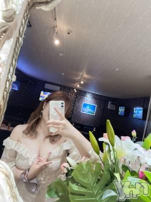 富士吉田キャバクラLounge Cinderella(ラウンジ シンデレラ) ユウカ(18)の8月3日写メブログ「【マウント】アオイを煽るユウカ」