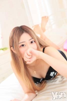 体験入店 さくら(23) 身長160cm、スリーサイズB82(C).W57.H80。甲府ホテヘル Candy(キャンディー)在籍。