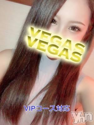 りょう(20) 身長163cm、スリーサイズB83(C).W55.H82。甲府ソープ Vegas(ベガス)在籍。