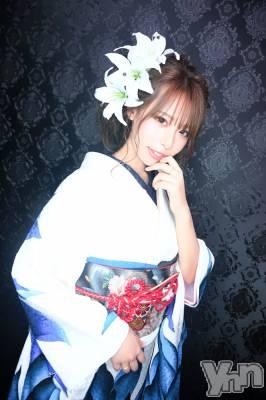 東条茉叶菜 年齢22才 / 身長164cm