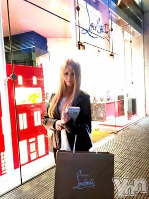 富士吉田キャバクラLounge Cinderella(ラウンジ シンデレラ) 七色光の10月14日写メブログ「今日はお買い物♥」