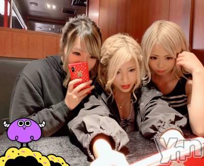 富士吉田キャバクラLounge Cinderella(ラウンジ シンデレラ) 七色光の10月9日写メブログ「3姉妹❤️」